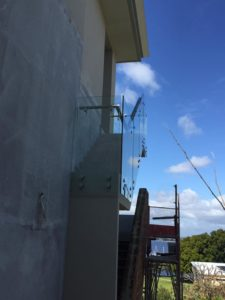Nedlands - Outdoor glass balustrading